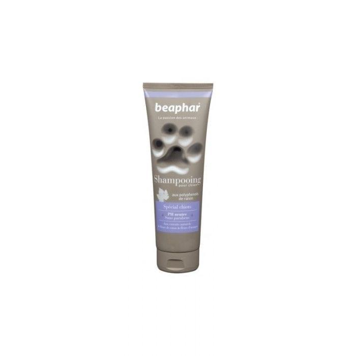 Shampoing spécial chiot de la marque Beaphar tube de 75ml. PH neutre, formule a base de produits naturelles il respect et adoucit le pelage du chiot.En promo sur votre pharmacie en ligne spécialisé dans les soins vétérinaires !